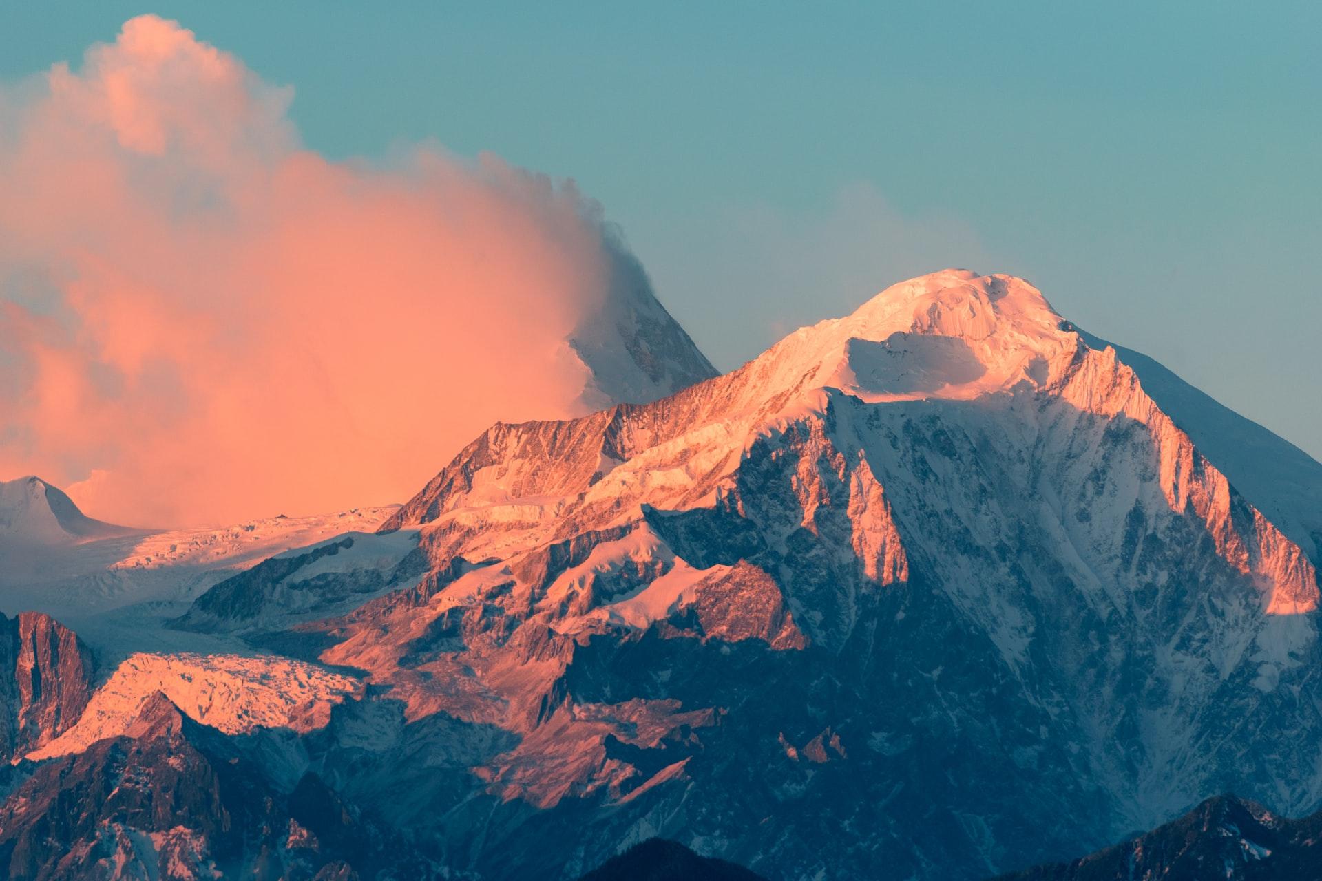 Visitez le Grand Massif en toute saison !